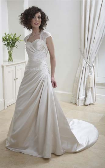 Wedding Dresses To Suit Fuller Figure 103